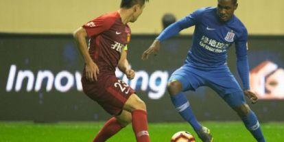 Ezért mondott nemet a Barcának Kína második legjobb góllövője