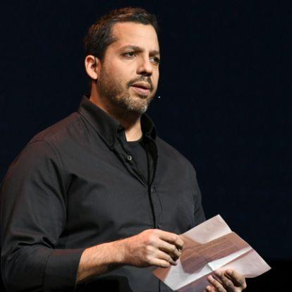 David Blaine illuzionistát szexuális erőszak miatt jelentették fel