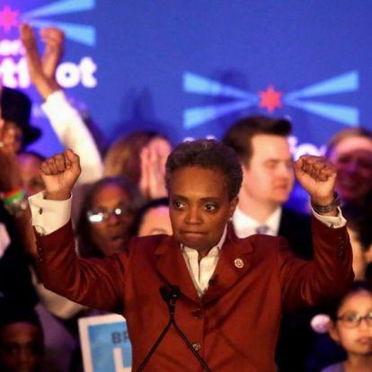 Megválasztották az első fekete és nyíltan leszbikus nőt Chicago polgármesterének