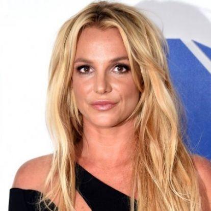 Britney Spears a pszichiátriára került