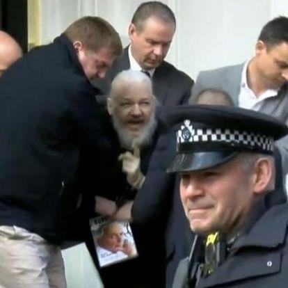 Videón, ahogy Londonban elviszik a rendőrök a Wikileaks alapítóját, Julian Assange-ot