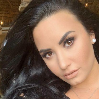 Demi Lovato merész frizurát vágatott - a váltás okára is fény derült
