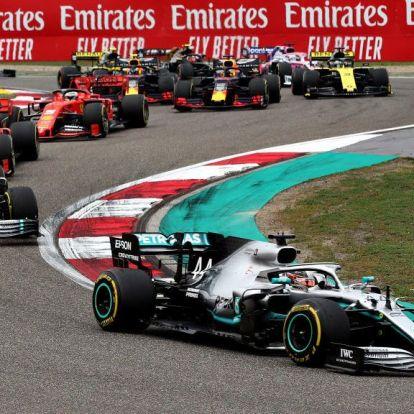 Lewis Hamilton nyerte az ezredik Forma-1-es nagydíjat