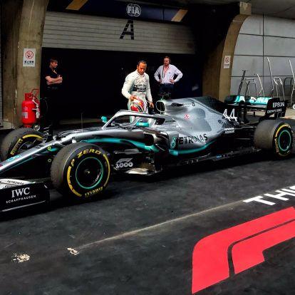 F1: Hamilton nyerte a jubileumi versenyt