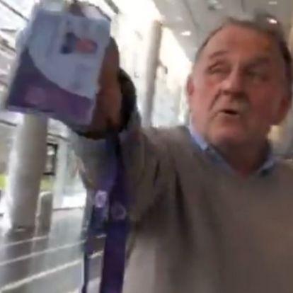 Friss: Fábry Sándor kis híján beengedte a Hadházyt az MTVA-ba, de a biztonságiak közbeléptek (+videó)