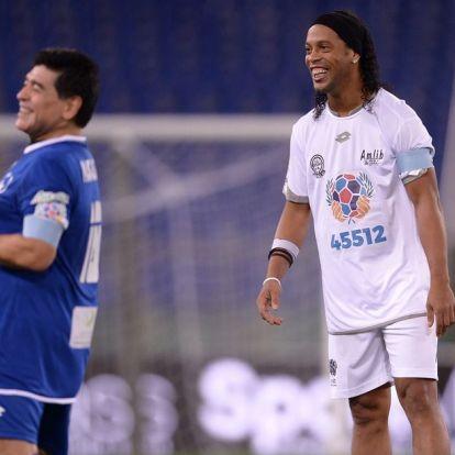 Ronaldinho egy teqballasztalt küldött Maradonának – VIDEÓ