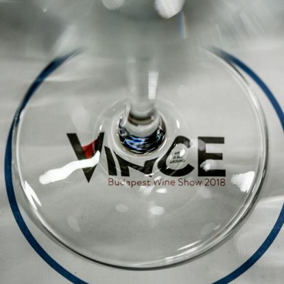 Angelina és Brad már nincs együtt, de borukat most megkóstolhatod a VinCE Budapesten