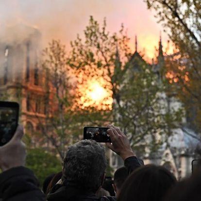 Notre-dame-i tűz: eléghetett a kereszt darabja, amelyen Jézust megfeszítették