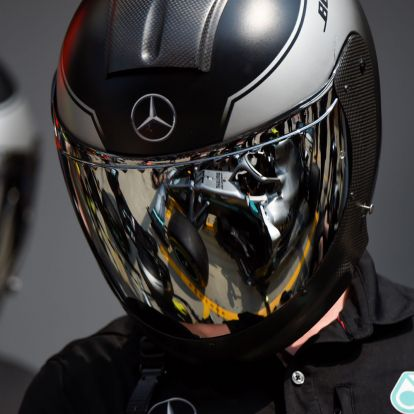 F1: Nagyot kockáztatott a Merci Bottasszal