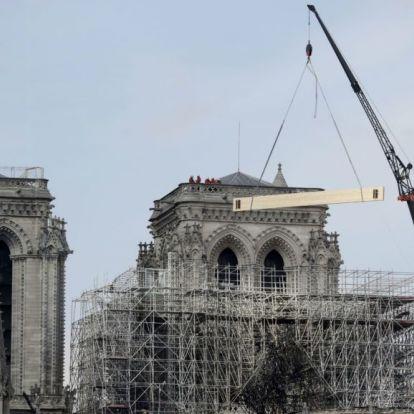 A Disney is támogatja a Notre-Dame újjáépítését