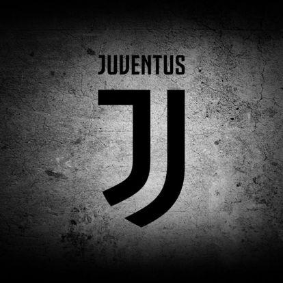 Újabb műtét vár a Juventus középpályására