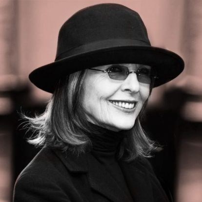 Diane Keaton 73 évesen új farmerdivat trendet indított | Elle magazin