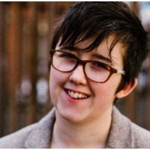 Észak-ír terrortámadásban gyilkoltak meg egy 29 éves újságírónőt