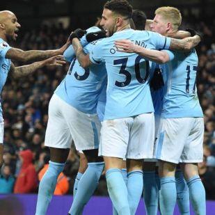 Nemes gesztus a Manchester City játékosaitól a szurkolók felé