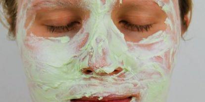 Frissítő, tisztító, nyugtató hatású arcpakolások természetes összetevőkből