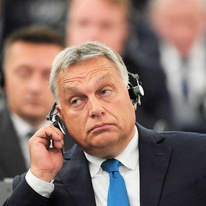 """Száraztésztát kapott """"ajándékba"""" Orbán Viktor"""