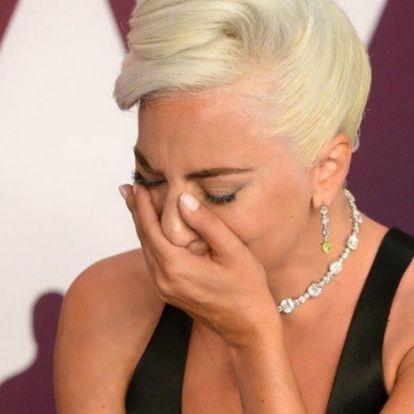 Bradley Cooper kerüli Lady Gagát?