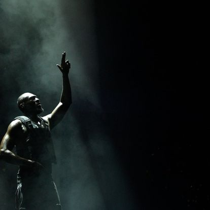 Stormzy hatalmasat tarolt a Glastonburyn történelmi jelentőségű koncertjével