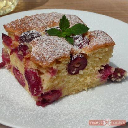Meggyes pite - kipróbált fényképes sütemény receptek - Receptvarázs – receptek képekkel