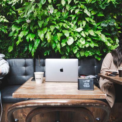 6 tipp, hogyan dolgozz fókuszáltan a nyáron, ha saját magad főnöke vagy