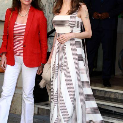 Mit csinál Angelina Jolie Párizsban?