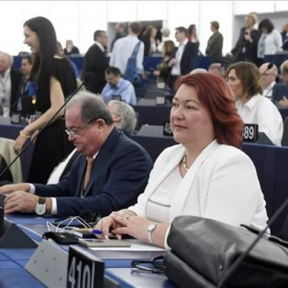 Bocskor Andrea: magyarellenes választási kampány zajlik Ukrajnában