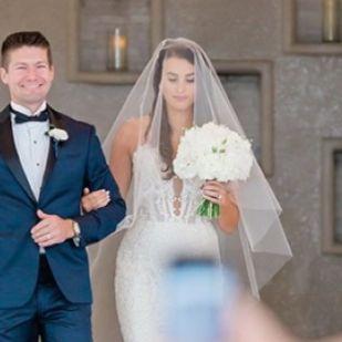 Ezért nem jó ötlet mobillal fotózni esküvőn