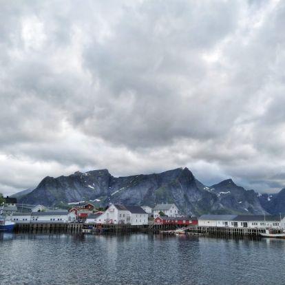 A sarkkörön túl - a Lofoten-szigetek