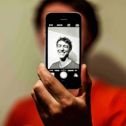 Miért őrül meg mindenki az öregítő applikációért? | Marie Claire
