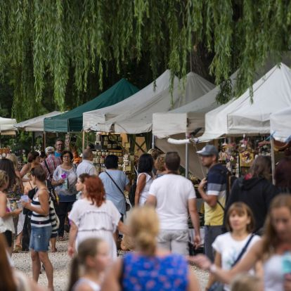 Valley of Arts Festival Has Begun – Photo Gallery!