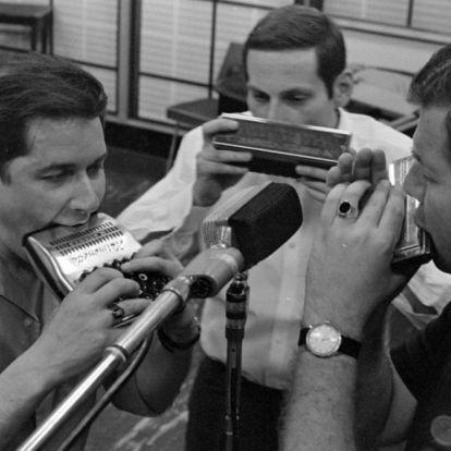 Rádióaktivitás 1989-ben és a médiaháború kezdete a közrádióban