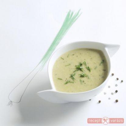 Cukkini krémleves (vichyssoise) recept - Hideg és meleg krémleves receptek képekkel - Receptvarázs – receptek képekkel