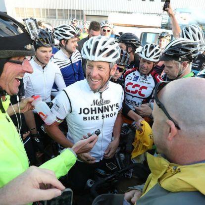 Lance Armstrong újra itt van, és nagyon mondani akar valamit