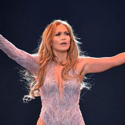 Jennifer Lopez rúdtánccal húzza csőbe a Wall Street-i dúsgazdagokat