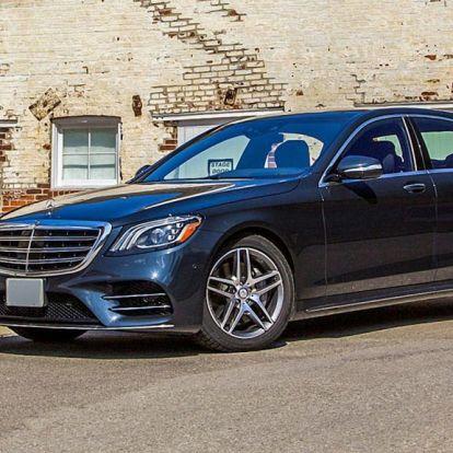 Egy alapáron 40 milliós Mercedes is a Vajna-hagyaték része