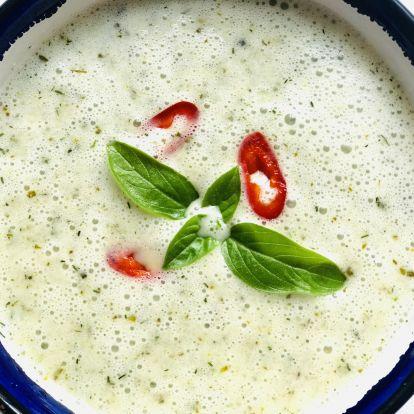 Hűsítő, hideg kovászos uborka leves
