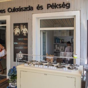 Taste heavenly croissants at G&D Artisanal Confectionery and Bakery in Balatonkenese