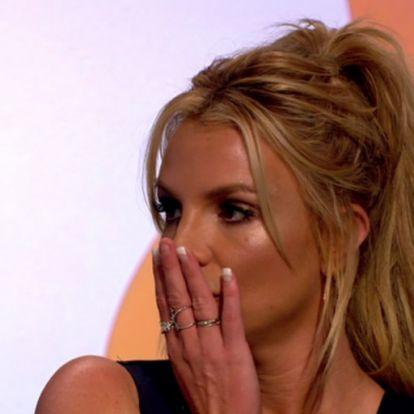 Britney Spears a cipőjével hencegett, erre lealázta a net