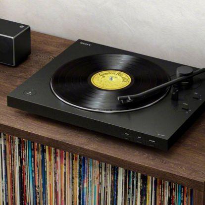 Találtunk egy lemezjátszót, ami gyakorlatilag verhetetlen ár-érték arányban