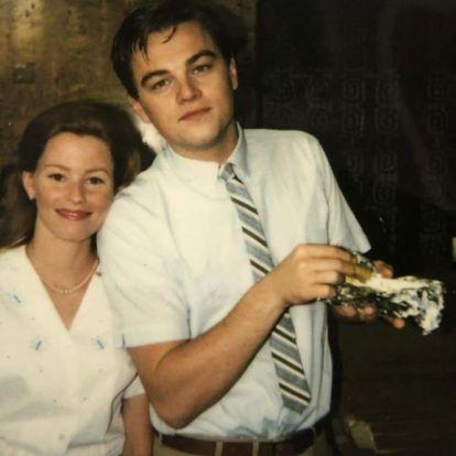 Elizabeth Banksnek van egy ősrégi és dedikált közös képe Leonardo DiCaprióval