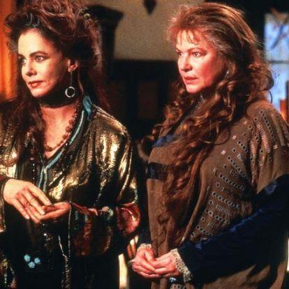 Átkozott boszorkák eredet történettel érkezik az HBO