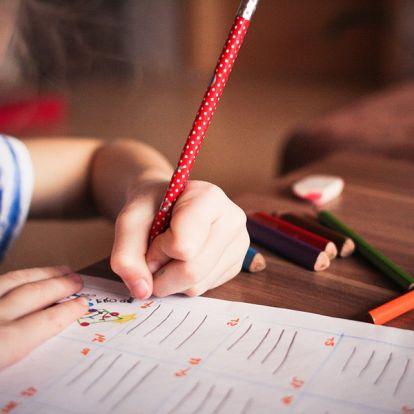 Balkezesség oka: Ezen is múlik, hogy a gyerek jobb- vagy balkezes lesz-e! - Tényleg jobbak a balkezesek nyelvi készségei?