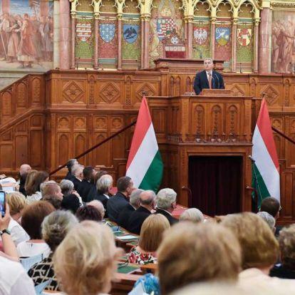 Orbán Viktor a hegyi beszédet idézte a Parlamentben