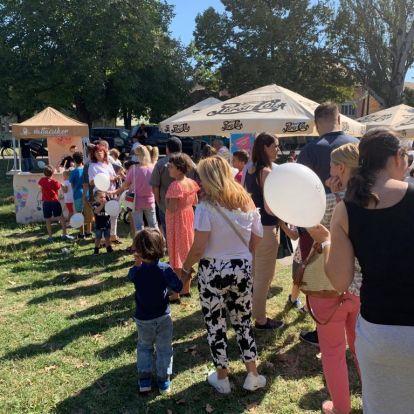 Tömeg várta Nemesi Pált a családi pikniken