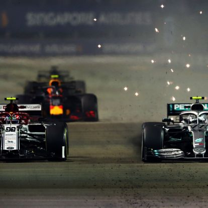 F1: Szokatlan ok miatt büntettek a versenybírák
