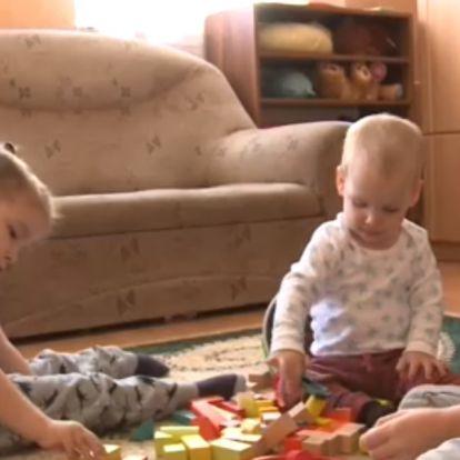 Két gyermekük is SMA-s, azért harcolnak, hogy tudjanak majd járni