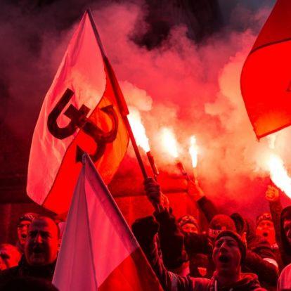 """Varsó polgármestere a Válasz Online-nak: """"Ez szerencsére még nem Magyarország"""""""
