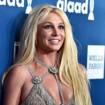 Бритни Спирс попросила фанатов не забывать о ней, пока она отдыхает