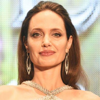 Angelina Jolie most mondta el, miként érezte magát, amikor elvált Brad Pittől