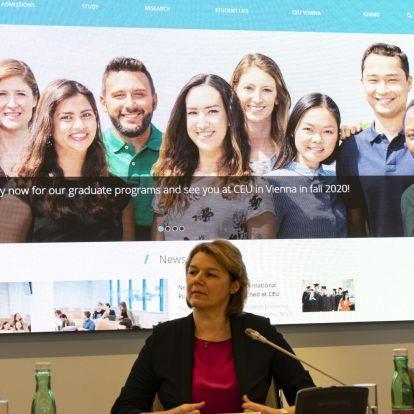 """""""Elüldöztek minket Magyarországról, amit sosem felejtünk el"""" – bemutatták az új CEU-kampuszt"""